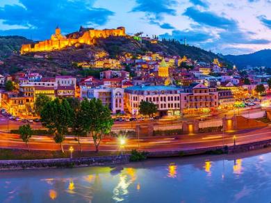 Доходы Грузии в сфере туризма упали на 13,3% в июле 2019 года