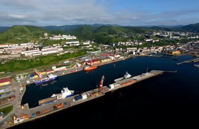 Прокуратура признала незаконным новый порядок пропускного режима в порту Холмск