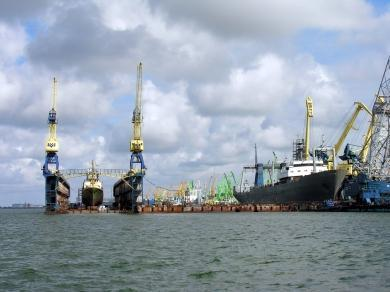 Клайпедский порт готовится к реконструкции двух причалов