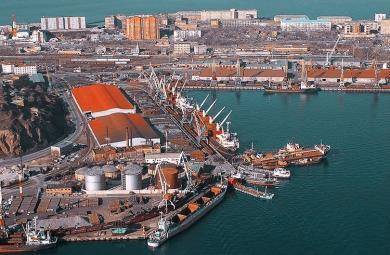 Обзор грузооборота морских портов России (январь-апрель 2017 г.)