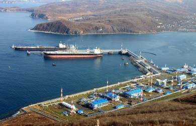 Более чем на 12% увеличит ежегодный объем отгрузки нефти терминал в бухте Козьмино (Приморье)