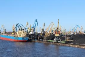 В Латвии грузооборот портов вырос на 12%