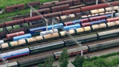 Обзор грузовых железнодорожных перевозок в марте 2016 года